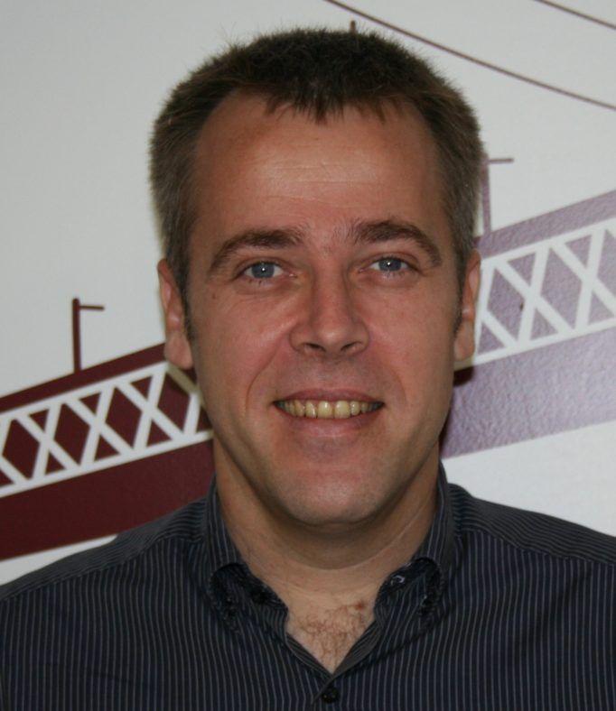 Nicholas Vieuxloup, director of international operations - sales chez Viadeo
