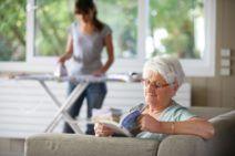 Aide à domicile : accord de branche sur la pénibilité