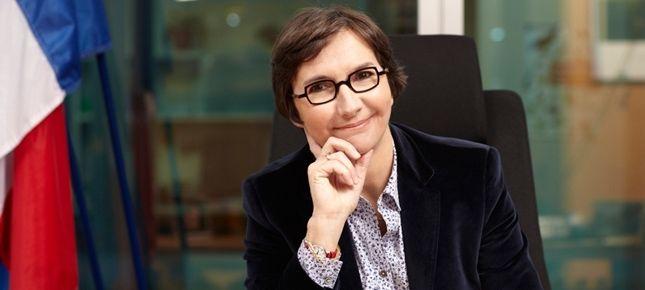 Valérie Fourneyron secrétaire d'Etat au commerce et à l'artisanat