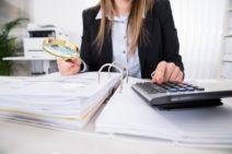 Travail dissimulé : seule la rupture du contrat donne droit à indemnité