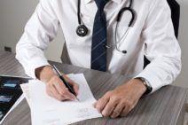 Bénéficier de sa couverture maladie, paternité ou paternité  (Professions libérales)