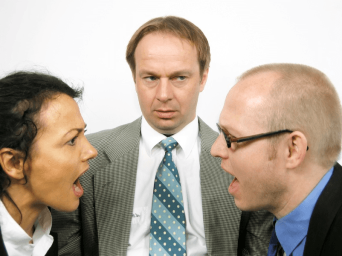 Le comportement agressif du salarié harcelé n'est pas fautif