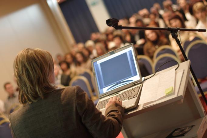 Un séminaire organisé par l'entreprise ne constitue pas des frais d'entreprise