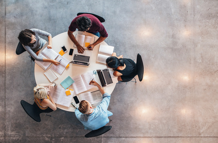 L'émergence des méga-plateformes d'innovation signe-t-elle la fin de l'esprit collaboratif ?